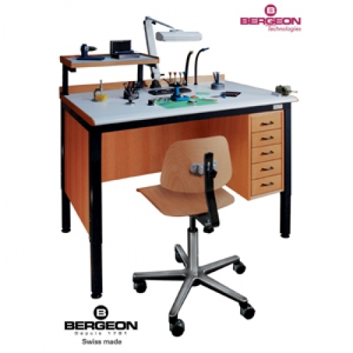 Swisstime bergeon the watchmaker 39 s environment Watchmakers bench