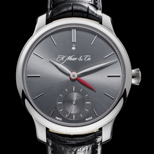 H. MOSER & CIE Nomad Dual Time