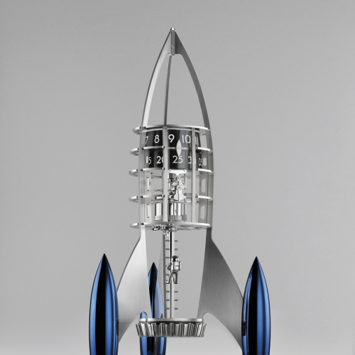MB & F Destination Moon